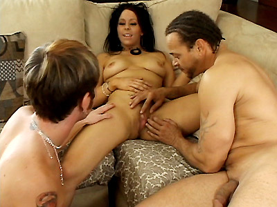 Small tit brunette Samantha Roxx makes a horny bisexual suck off her strap on cock